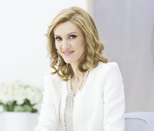 Dr. Oana Spânu, medic specialist dermatolog Sclinic