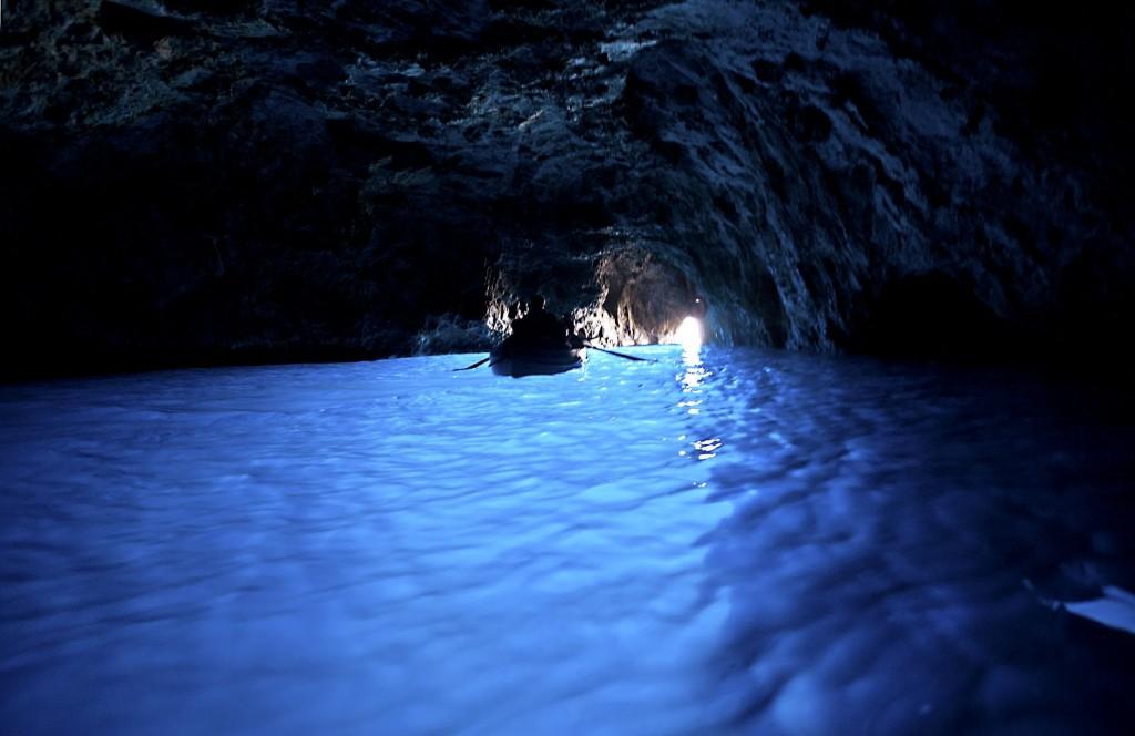 Simona Patruleasa recomanda La Grotta Azzurra, Capri