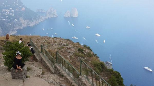 Andreea Marin iubeste Capri