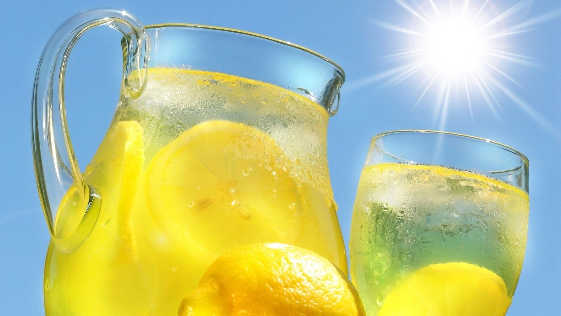 Limonada cu menta in sarcina