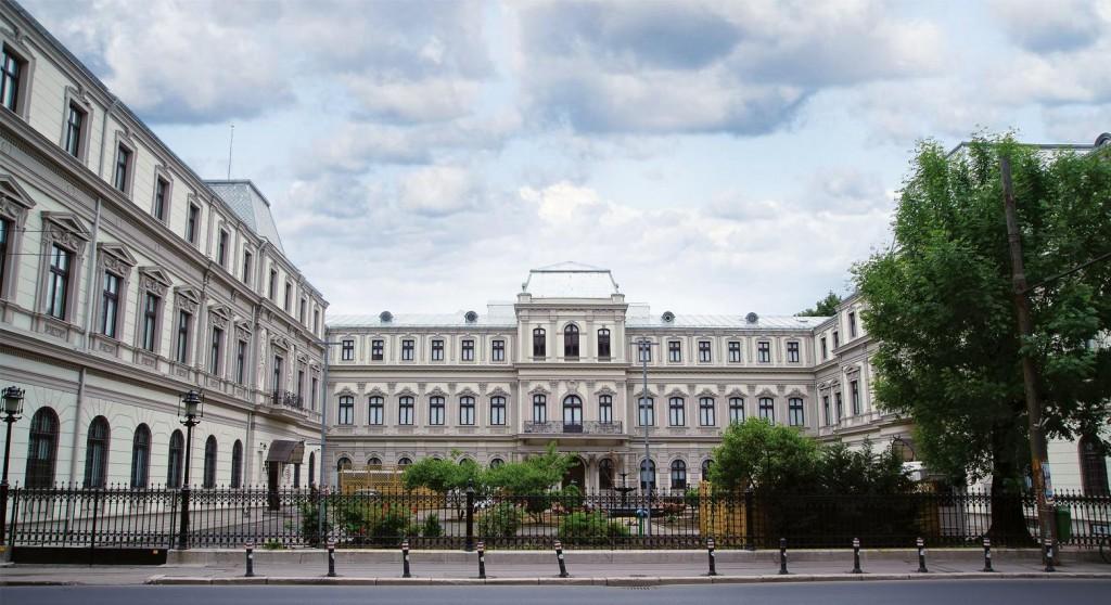 Palatul Romanit - www.elacraciun.ro
