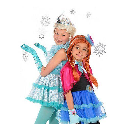 Copiii prefera costumele din Frozen