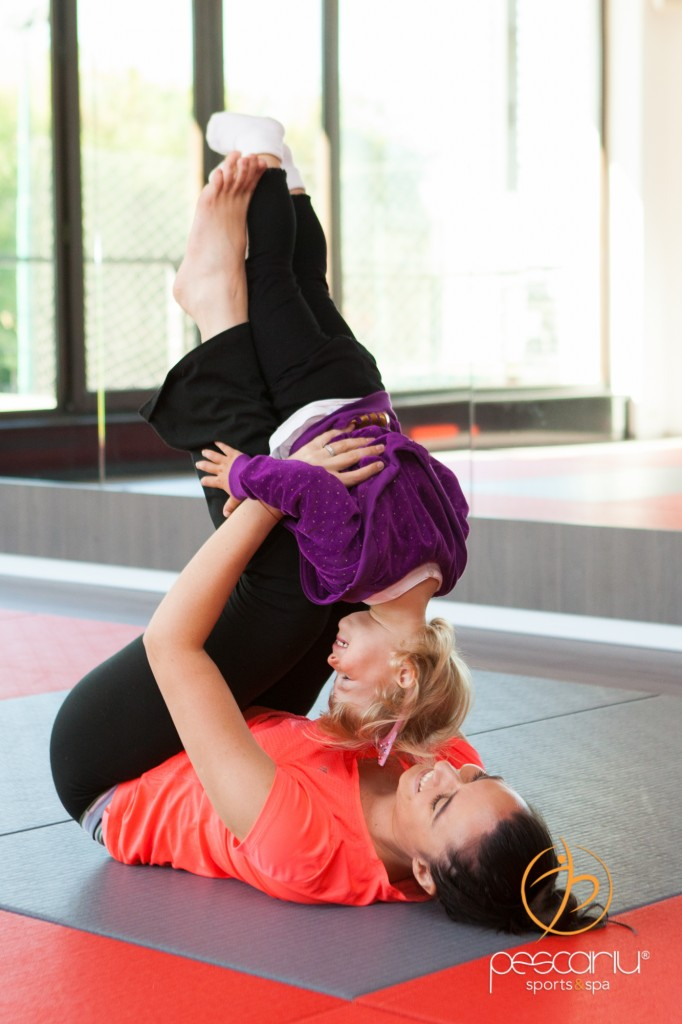 Yoga inseamna pentru copii miscare si distractie