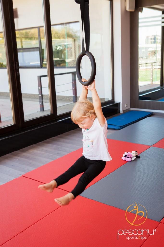 Copiii iubesc yoga