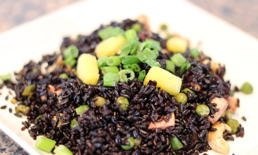 pineapple-fried-black-rice