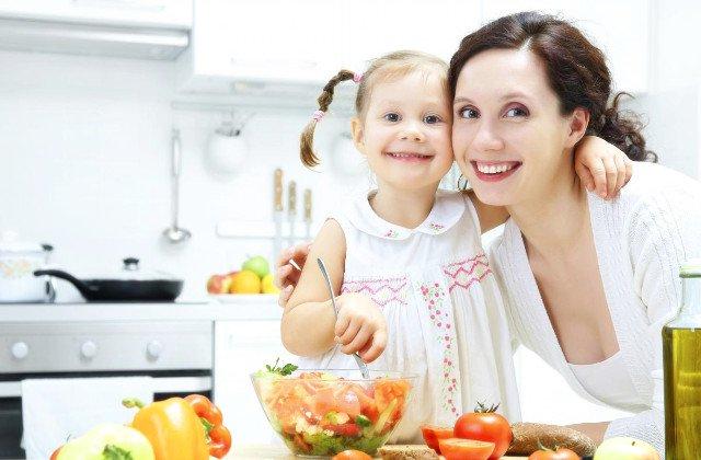 Cei 7 ani de acasă vor forma și în cazul nutriției viitorul om
