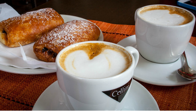 Italy-pastry-coffee