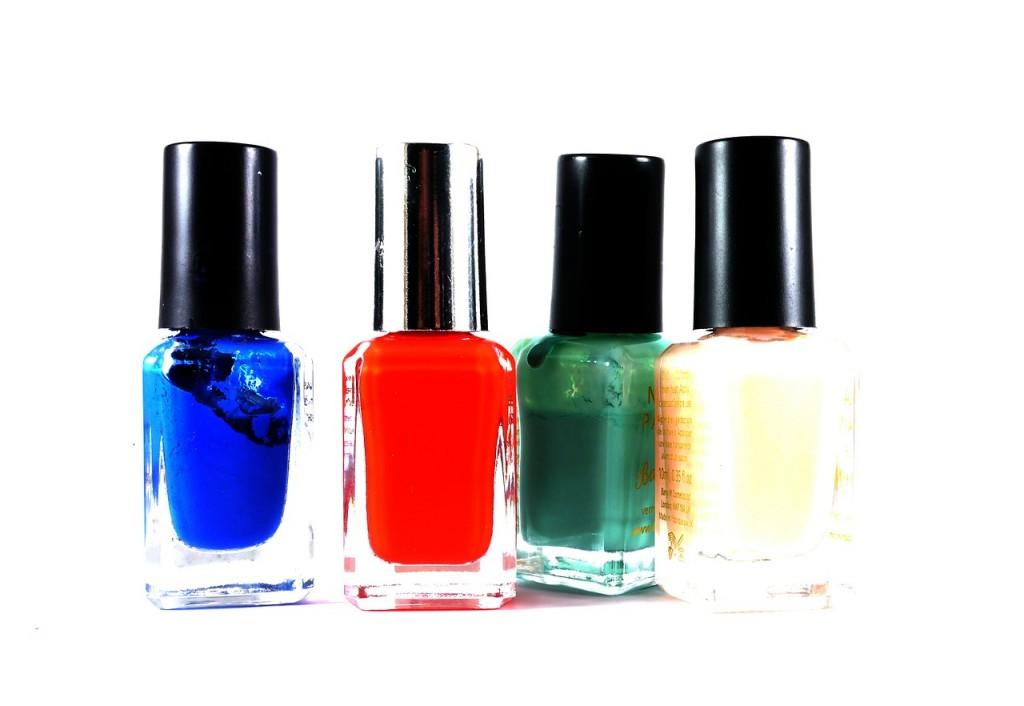 nail-polish-498665_1280