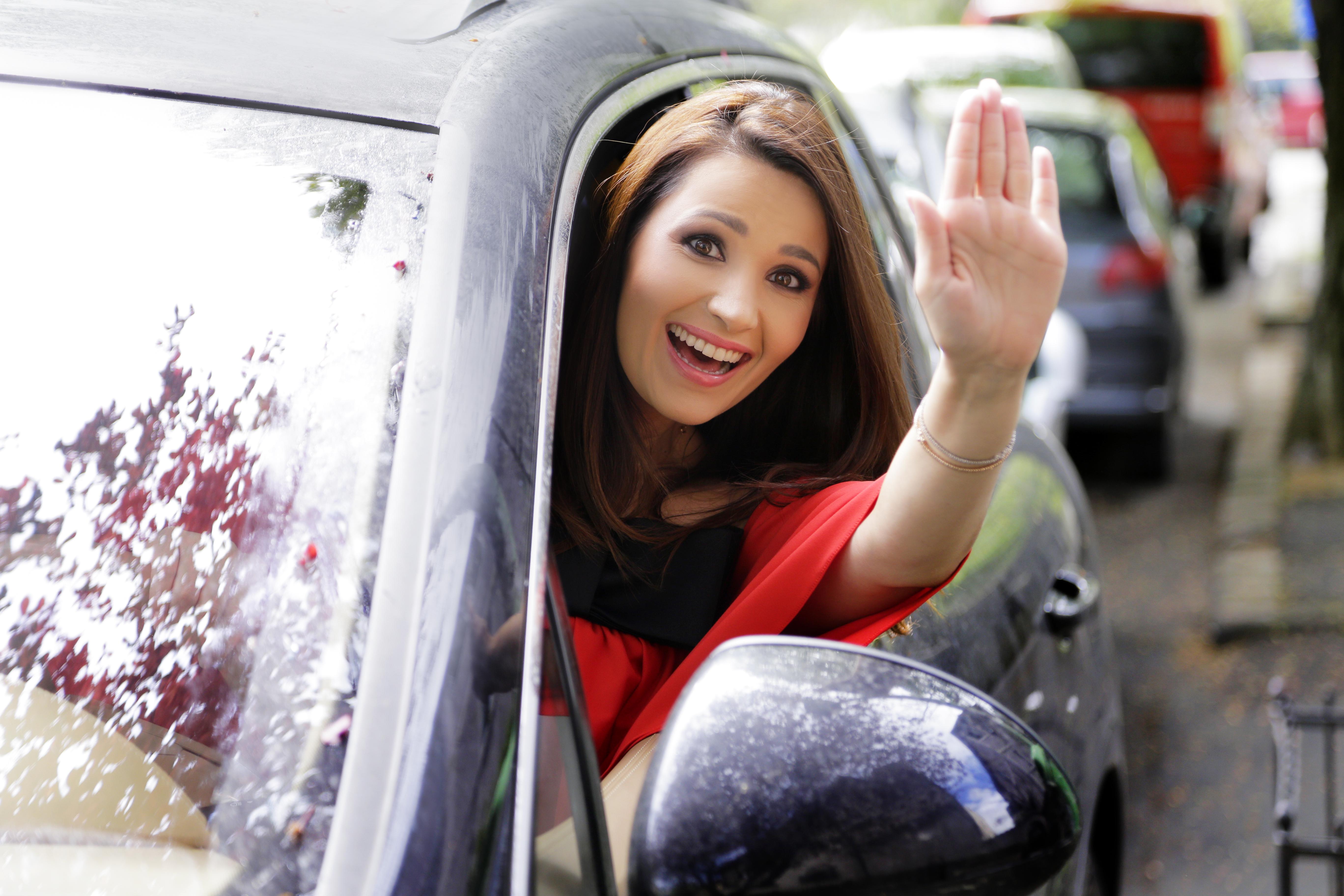 10 Mituri despre femeia la...volan