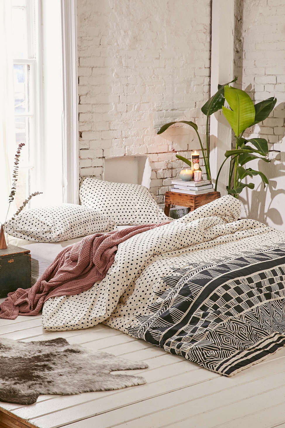 dots-uo-bedding