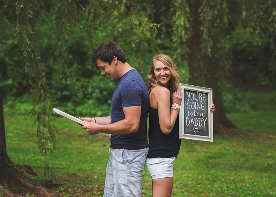 pregnancy-announcement-surprise-photoshoot-brianne-dow-17