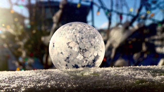 Experimente pentru copii | Baloane de sapun inghetate - Ela Craciun