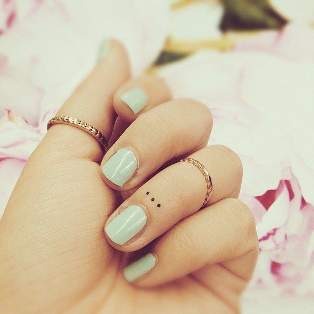 Tatuaje fete - Buline drăguțe