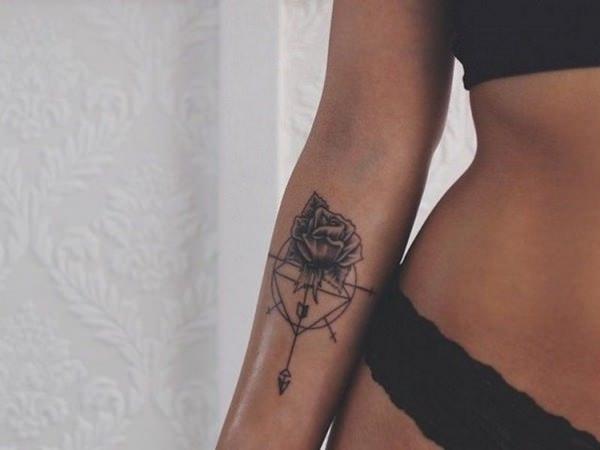 Tatuaje fete Berbec
