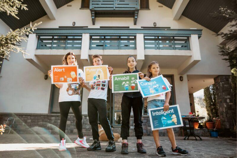 Cum ne protejăm copiii de capcanele online - ghid oferit de Google Romania